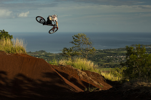 Ryan Howard during filming of Oahu segment of Anthill's 'Return to Earth', Hawaii. Photo- Sterling Lorence @eyeroam