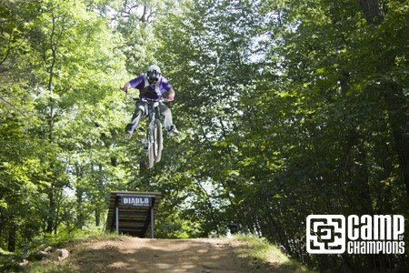 Gareth sending it...one hand no feet.