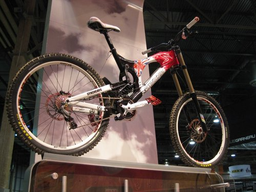 Peaty's V-10 was on display at the SRAM booth