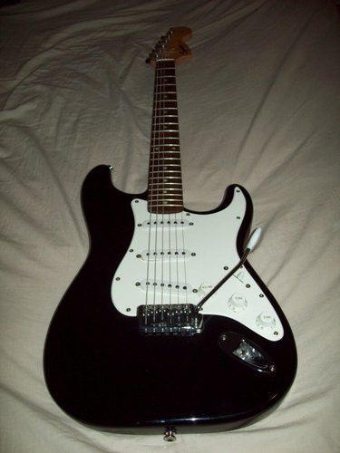 Squire Stratocaster with graphite saddles.
