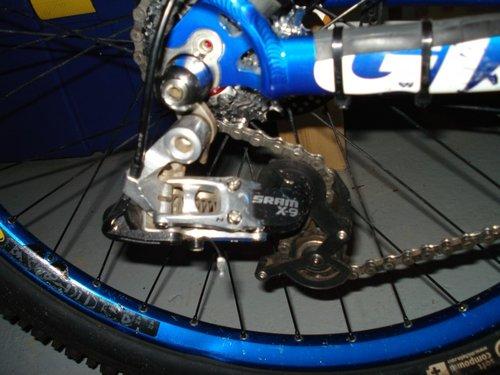 DH bike