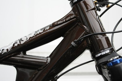 Head tube and gusset detail