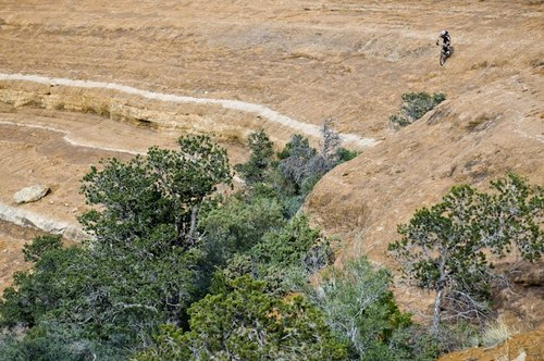 Brian Riepe from Mountain Flyer mag rides the steeps