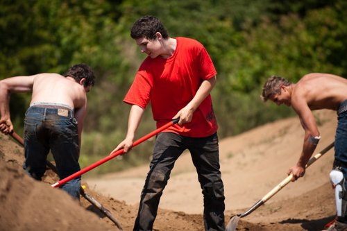 Aeron working the dirt with Casey & Sam
