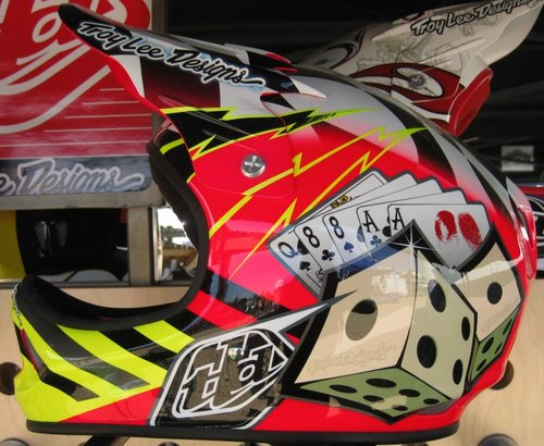 New Troy Lee D2 Graphics