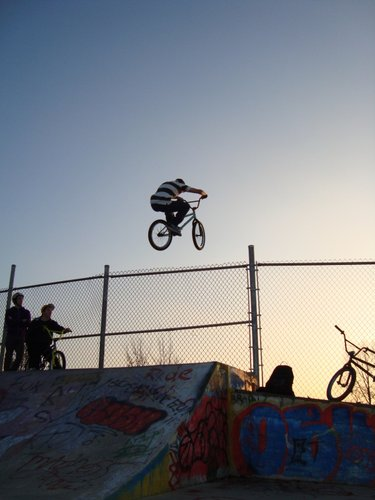 hopping the fence at the penetang skate park