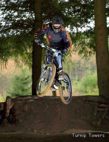 Pearce Cycles uplift 11th April 2010