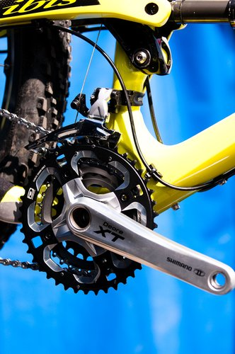 The moving chain guide, shown here in a blurry ''spy photo,'' can be configured to work with two, or even three, chainrings, and it's operated by a shifter on the left side of the handlebar.