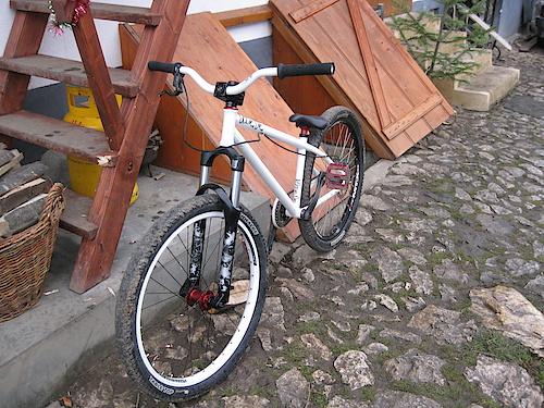Bike update: Rock Shox Argyle 302 fork and the new front wheel (Dartmoor Fortress rim + Octane Orbital 20 hub)