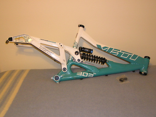 Large 2010 Yeti 303 RDH frame with extra derailleur hanger.