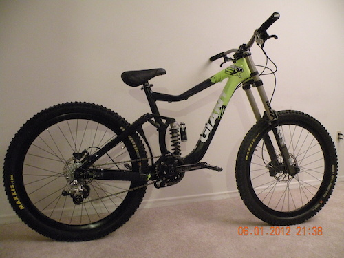 My 2011 Giant Reign SX!