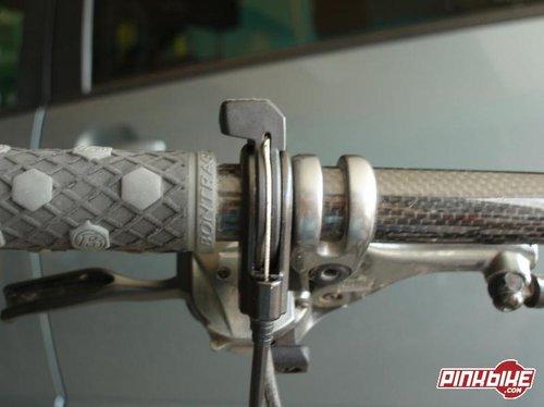 Handle bar mounted Poploc control