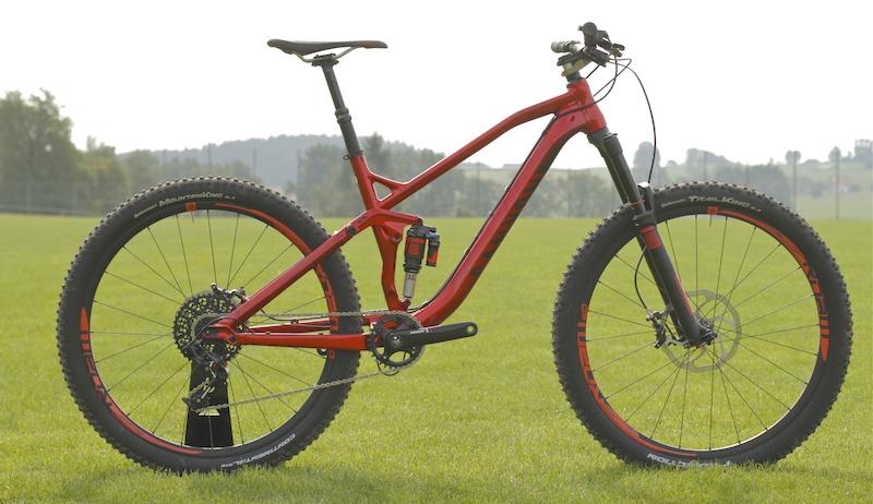 Canyon Spectral AL 9 0 EX - Eurobike 2013 - Pinkbike