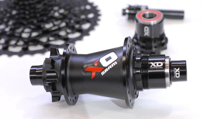 SRAM X0 hub