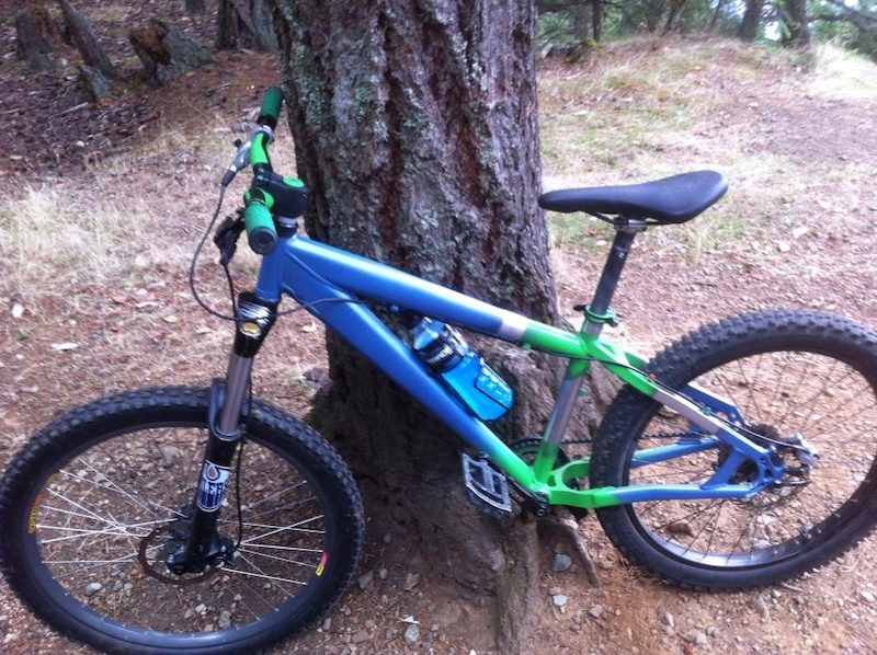 My Norco Rampage 04 with new paint job. man this bike is beast.