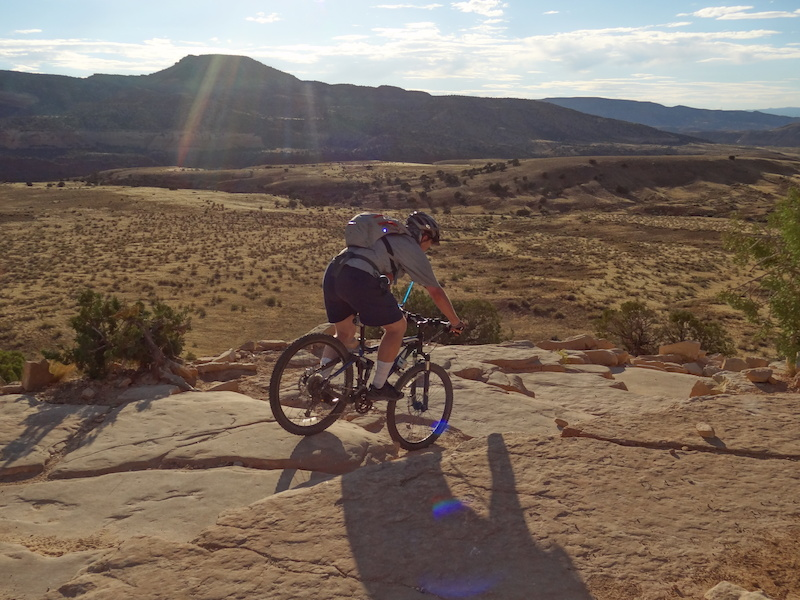 Riding down the Horsethief Bench.