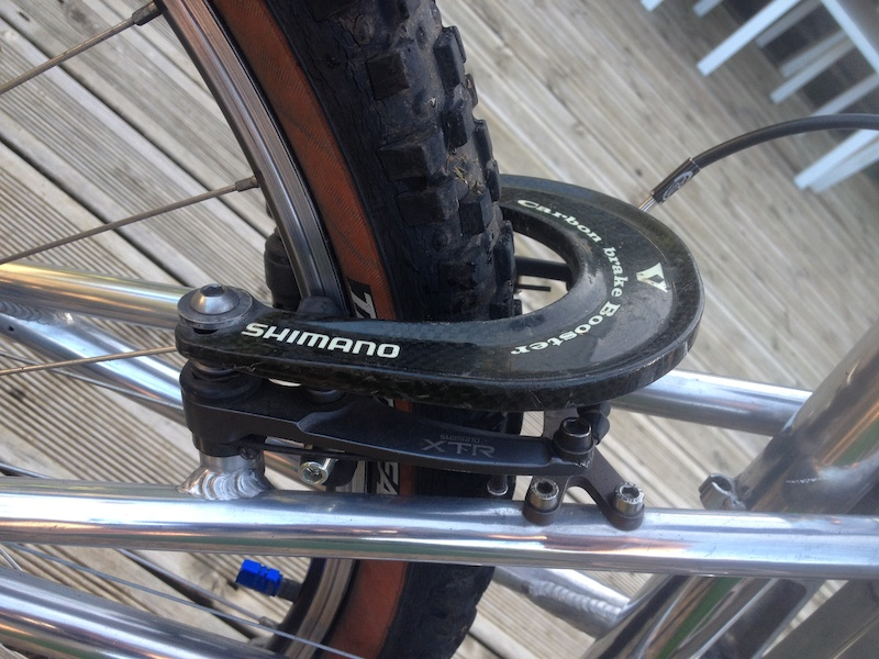 Shimano XTR m950 Brake and carbon fibre booster