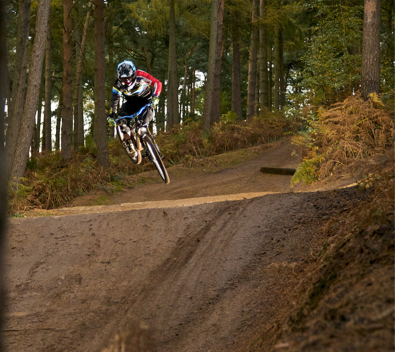 A snap taken from todays shoot with Katy Curd at Chicksands 4X. Katy s stamina and professionalism is nothing short of extraordinary and needless to say Damn that girl is RAPID There s something good brewing