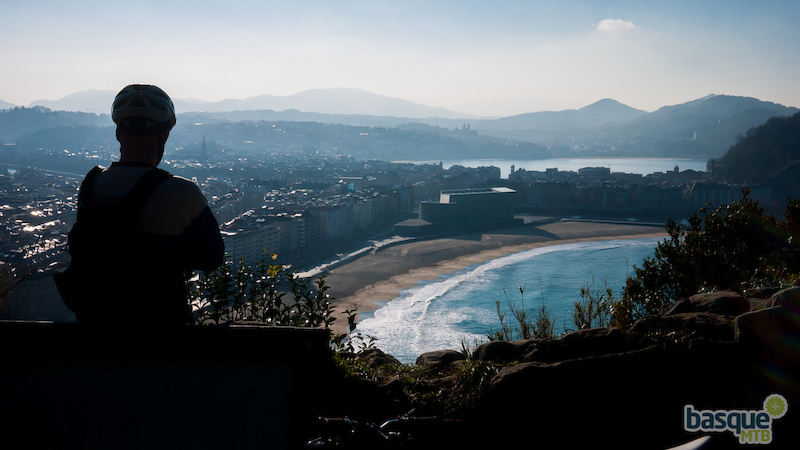 Looking down over San Sebastian at the end of a long day of singletrack.