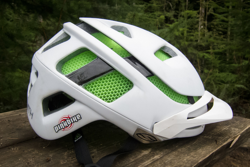 99a2dd3cc5 Smith Forefront Helmet - Review - Pinkbike