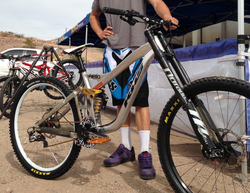 Prototype 29 Quot Dh Bike From Khs Pinkbike