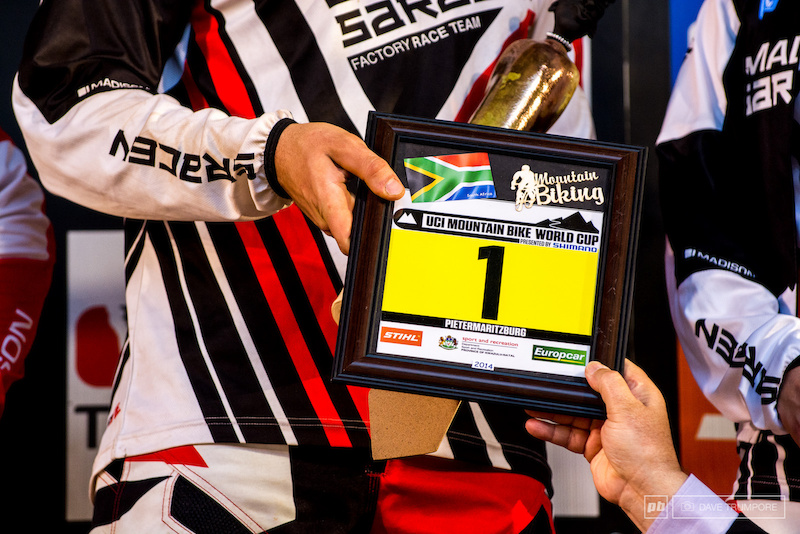With a few stron finishes by Matt Simmonds and Sam Dale and a win from Manon Carpenter the Madison Saracen team took top team honors this round and will be sporting the coveted yellow number plates a few weeks from now in Australia.