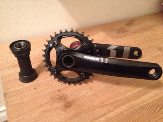 2014 SRAM X01 Alloy crank with 32T ring and pressfit 92 BB