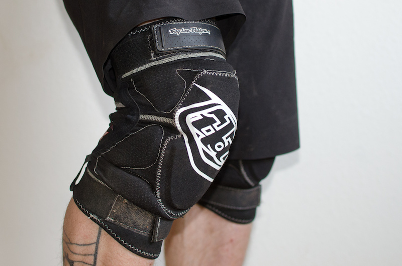 Troy Lee Designs T-Bone II knee pad review