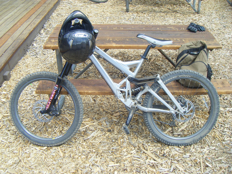 915658013c1 2006 Specialized Demo 9 Pro Downhill Mountain Bike For Sale