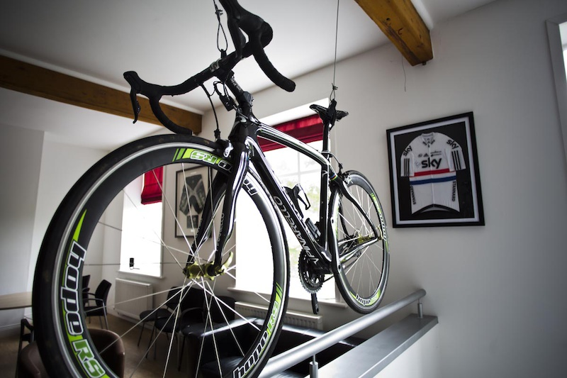 Here s that bike - the one used by Martyn Ashton in Road Bike Party