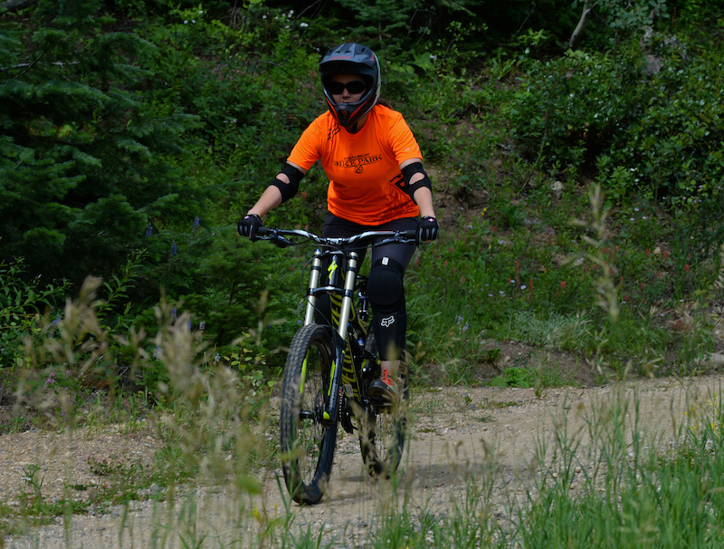 Nicole Miller heads out on her own to ride the green Tenderfoot trail in the Steamboat Bike Park.