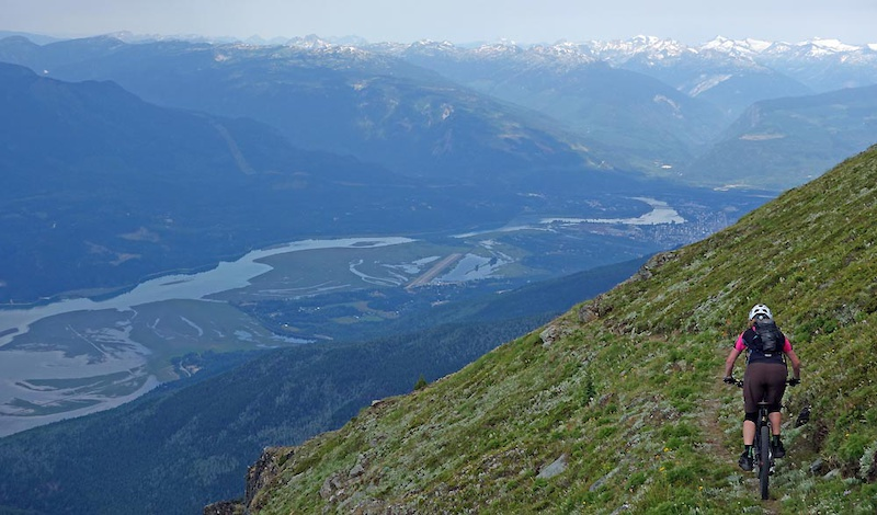 Mt Cartier helidrop