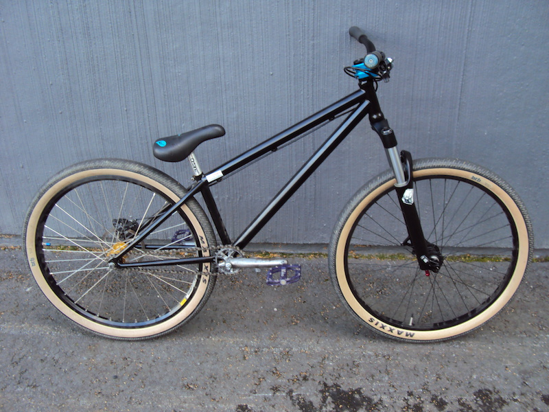 Illbike candy. painted fork lowers