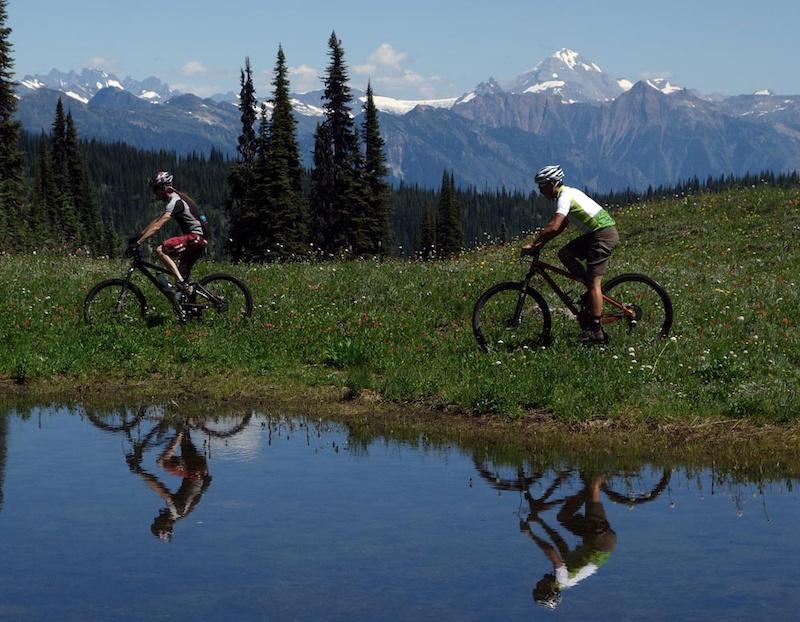 Revelstoke riding Keystone Standard alpine