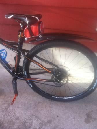 Norco Mountain bike w/ rock shox