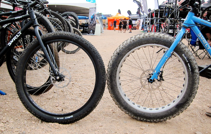 Surley was the 26-inch fatbike pioneer and they recently brought in the 29er Plus mid-sized platform. We compare them here.