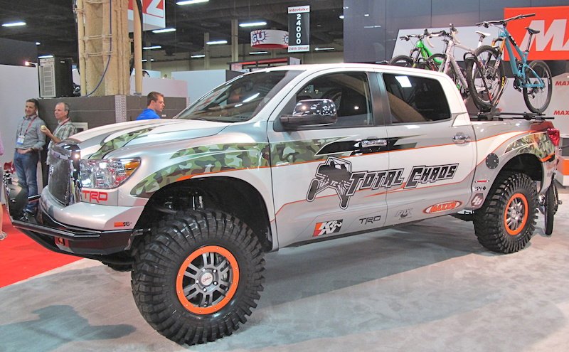 Total Chaos had their Maxxis shod Toyota Tundra in the show and we wanted to go shuttling with them. We know this isn t SEMA but check out the FOX Racing Shox behind each wheel. This is a toy that many of us would like to get behind the wheel of rally our way to the local trail head in.