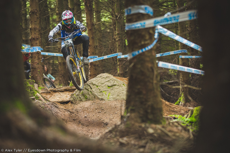 Congrats to Chain Reaction Cycles rider Joe Smith for taking the win on the weekend for the final round of the British Downhill Series. Was an awesome race to finish the season off.!