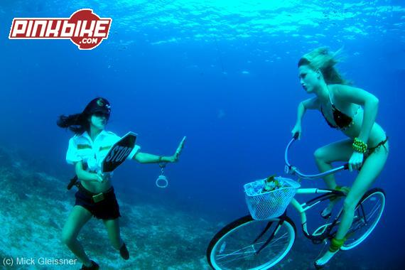 Underwater downhill with gas bomb
