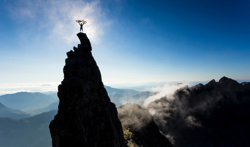 MUST WATCH Video Danny MacAskill On The Edge Of Cliffs