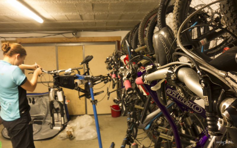 Everyone assembled their bikes on the Saturday evening. Bike Verbier has a fully kitted-out bike workshop and lots of space to store our precious machines.
