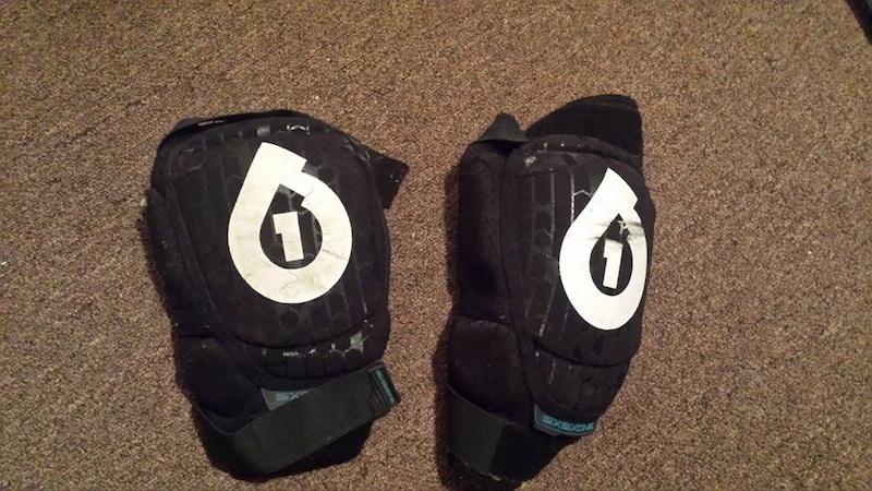 2012 Sixsixone Soft Knee Pads