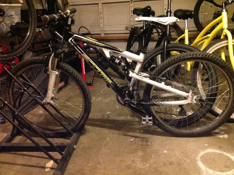 c59e7f337d1 2009 Scott Spark RC JR 24 For Sale