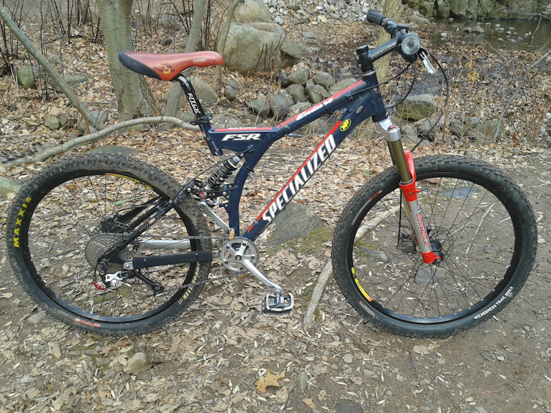 2000 Specialized Enduro Comp 17 . Heavily Upgraded. Converted to 1X.