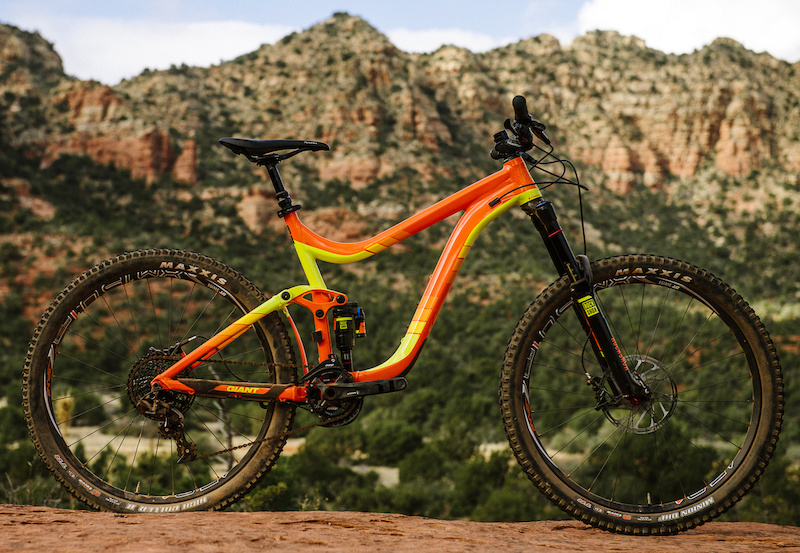 bc05a3f740f Giant Reign 27.5 1 - Review - Pinkbike