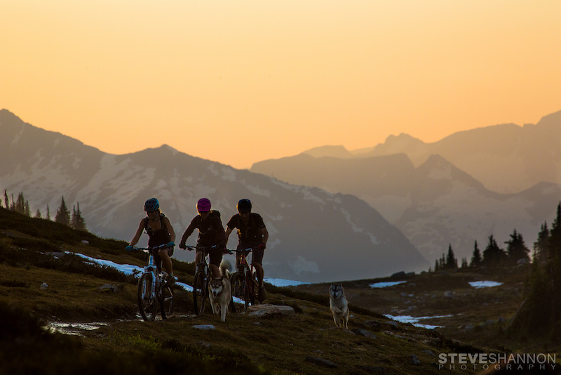 Athletes Jayme Richardson Kathryn Whiteside Alex Cooper Location Frisby Ridge Revelstoke BC