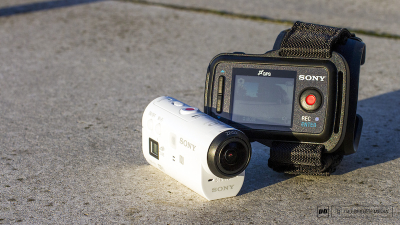 Sony HDR-AZ1VR Action Cam Bundle