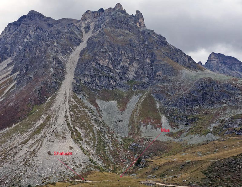 The climb to the Weisshorn at 2337m. There are two riders on the road