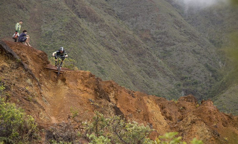 COMMENCAL 2015 - Sam Decout