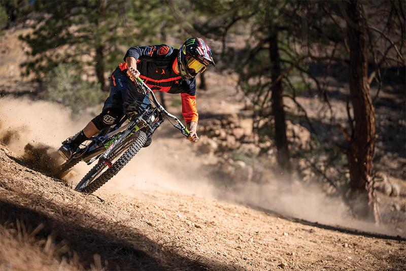 Cam Zink 2015 Ruckus trail gear.
